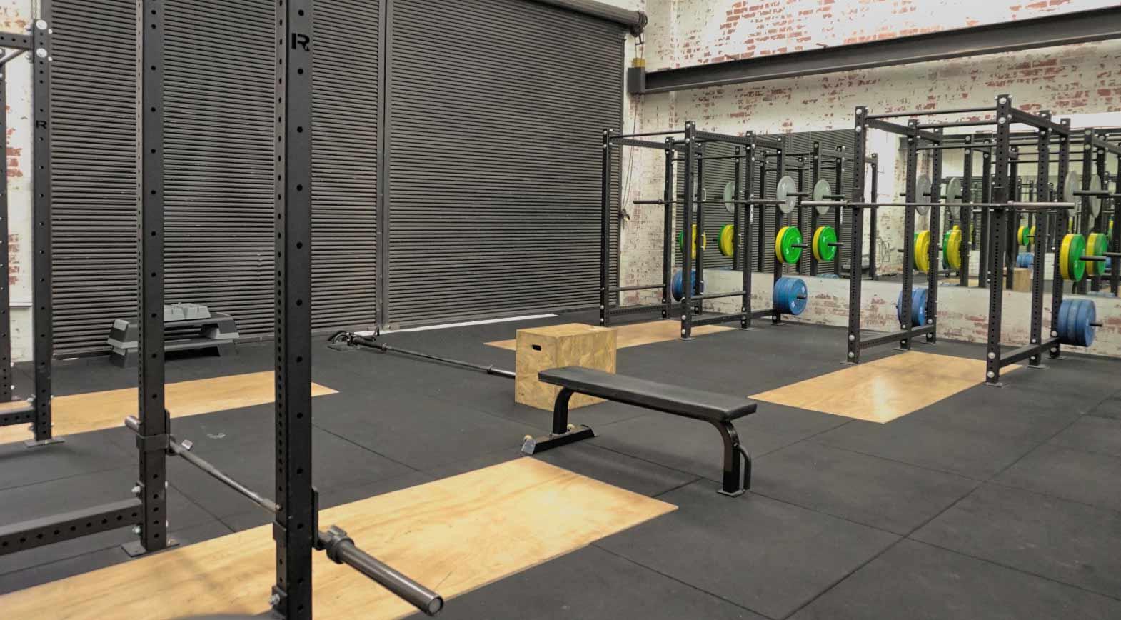 dukes-gym-richmond-squat-racks-lifting-platforms